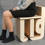 机の机といすのいすゲイツ感溢れる家具で草