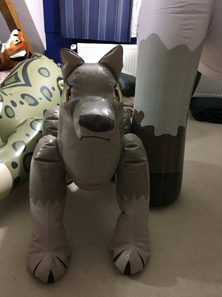 Still searching for a Balto Toy. I know there a few on eBay from Merek. But I don't like auctions. The cutie in the picture below belongs to schorse. :3