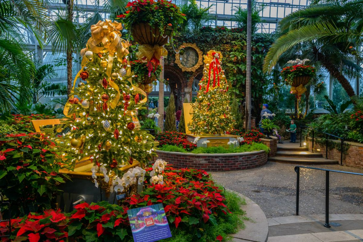 Phipps Conservatory Christmas 2019.Phipps Conservatory And Botanical Gardens On Twitter Just