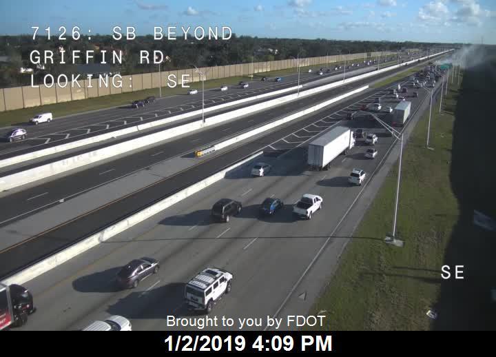 Traffic Alert: Vehicle fire southbound I-75 before Sheridan