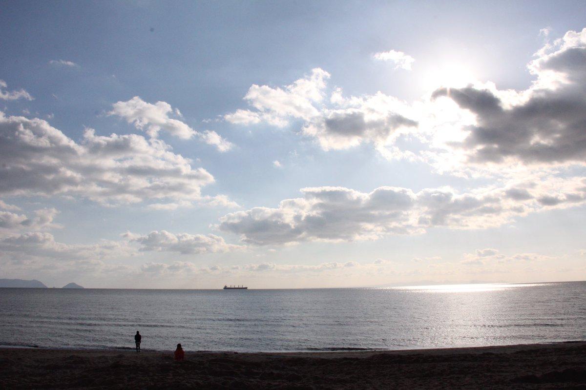 190103 #光市虹ヶ浜  昨日。風が止み陽も出たので午後から虹ヶ浜に散歩へ。 では、東京に戻ります。 https://t.co/qw8S3rXOy4