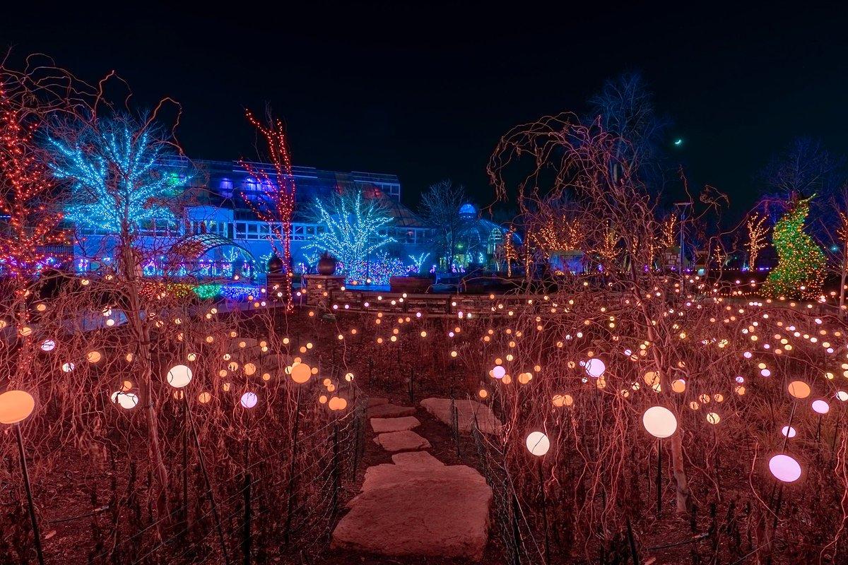 Franklin Park Conservatory Christmas Lights.Franklinparkconservatory Hashtag On Twitter