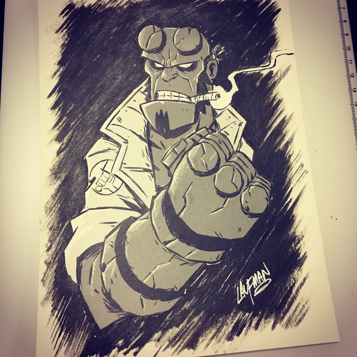 "Hellboy inked on 6.5x9"" 120lb water color paper with a Pentel Pocket Brush and then I used Deleter screentones. I'll be putting this up for sale today at 4pm EST at  http://www. dereklaufman.com       #hellboy #screentone #pentelpocketbrush <br>http://pic.twitter.com/sGviREWc4h"