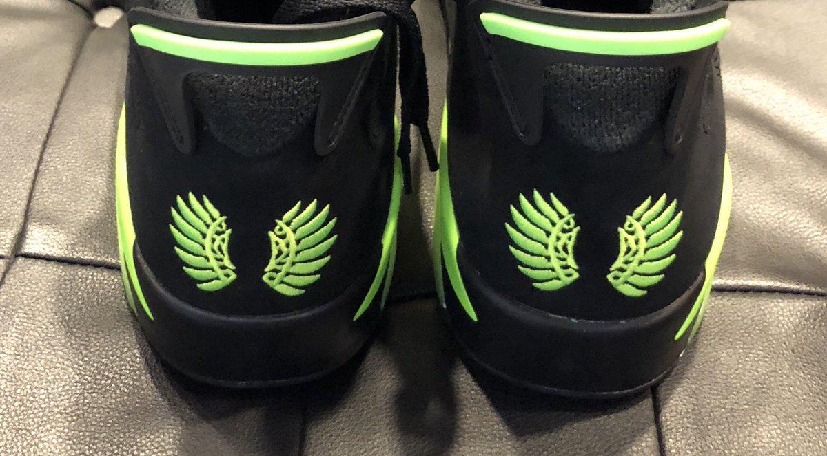 sports shoes f9b23 ce9dd J23 iPhone App on Twitter: