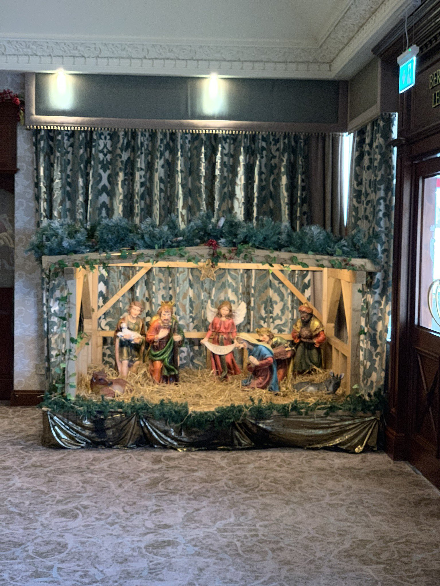 Eamonn Mallie On Twitter Christmas Crib A Christmas Crib Is A Rare Presence In A Hotel Foyer In This Materialistic World Enjoy A Moment Of Repose Courtesy Of John And Paddy Mcparland Carrickdalehote Https T Co F2pbrqgydf