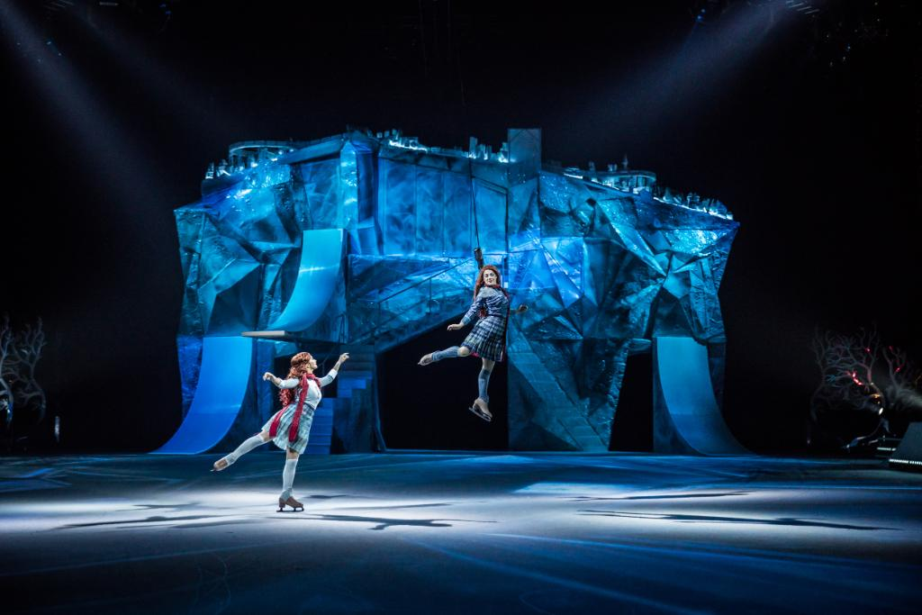 👀 Take a sneak peek into the magical world of @Cirque's CRYSTAL ❄️