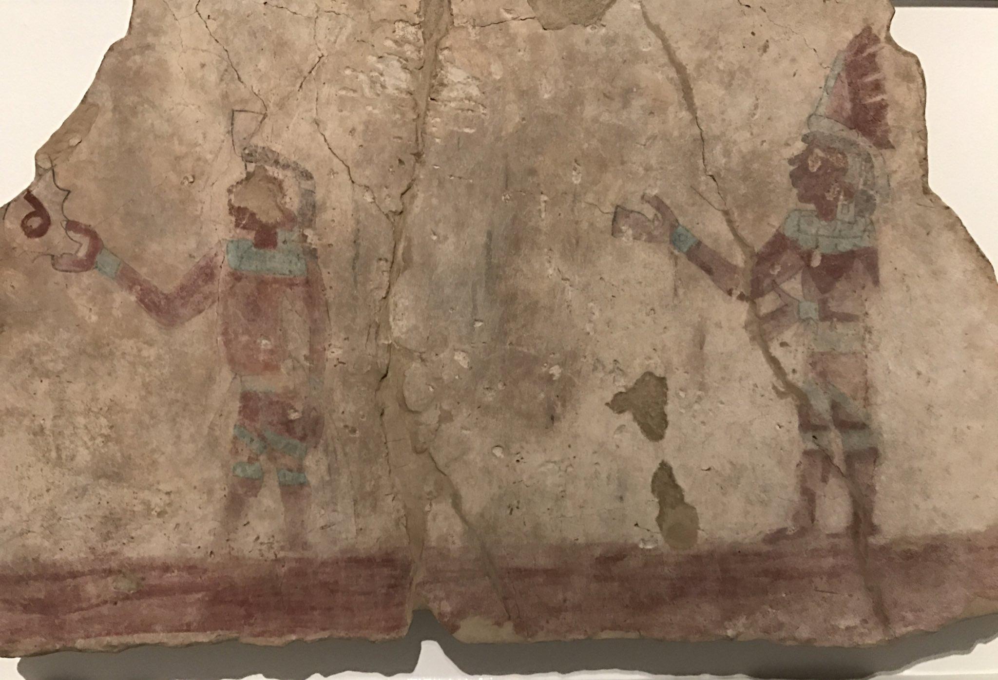 """Tlatoani_Cuauhtemoc en Twitter: """"Fragmentos de pintura mural totonaca  realizadas entre el 500 y el 900 d.C en las Higueras #Veracruz. Estas  piezas son de los pocos ejemplos existentes de arte pictórico mural"""