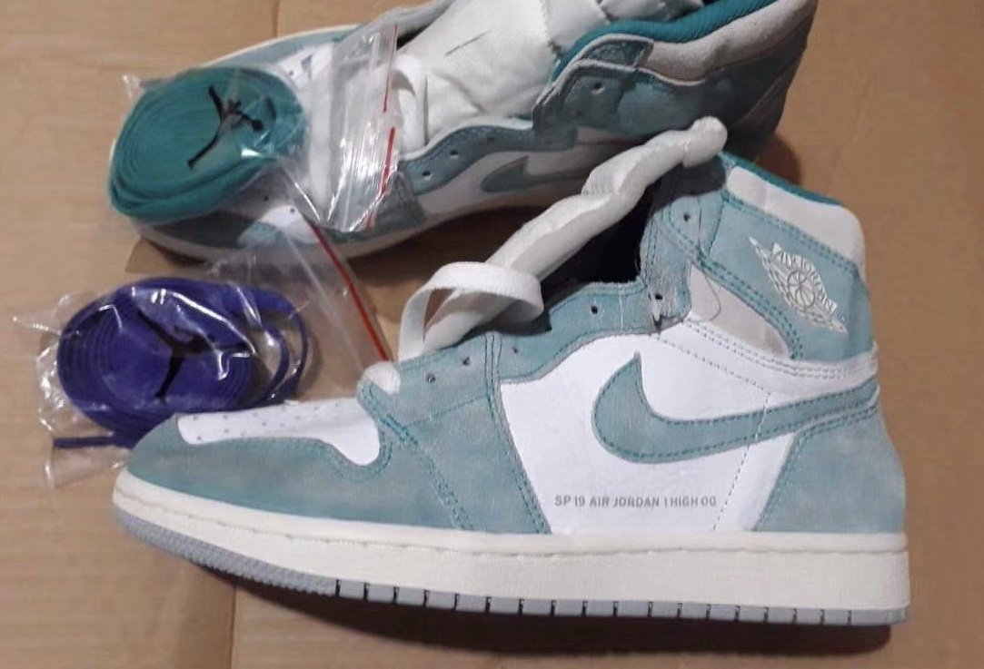 49def8216e9 Air Jordan 1 Retro High OG Color  Turbo Green White-Light Smoke Grey-Sail  Style Code  555088-311 Release Date  January 2019 Price    160pic.twitter.com  ...