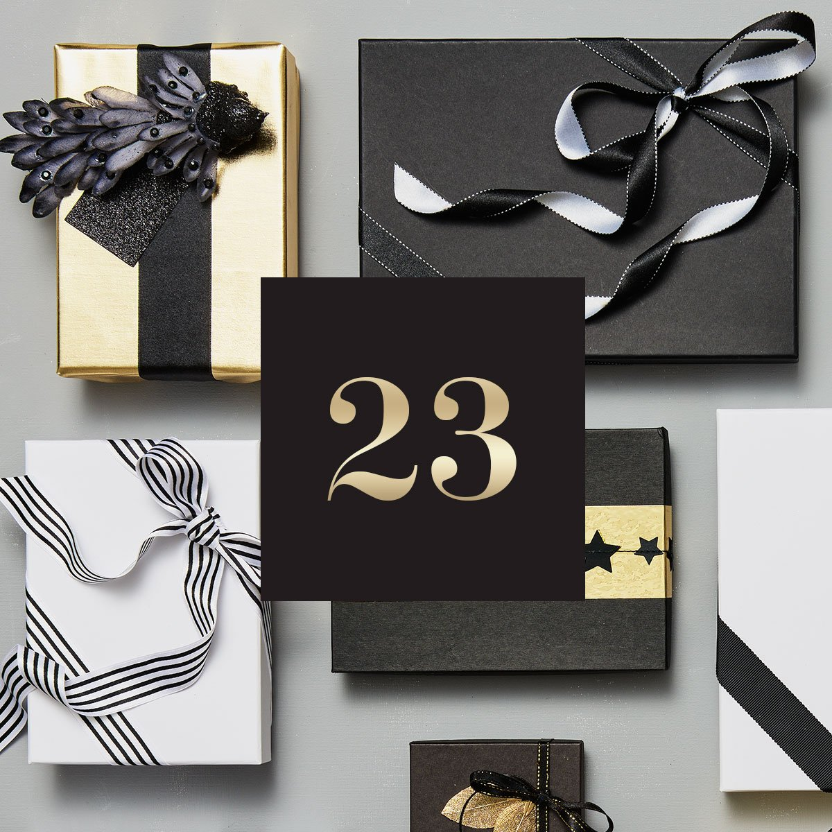 🔔 H&M CLUB Julekalender - 23. december 🔔 Dagen før dagen… Se hvad der gemmer sig i julekalenderens næstsidste låge i din H&M-app. Tilbuddet gælder i vores butikker i dag 👖 https://t.co/XZYT9aFbK1