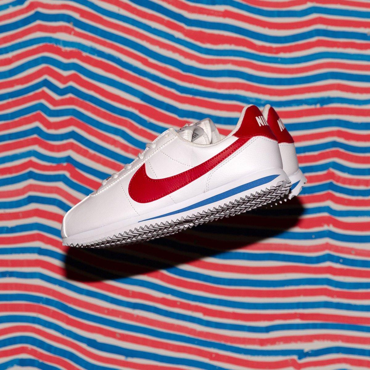 NEW IN ! Nike Cortez Basic Sl (Gs) - White Varsity Red-Varsity Royal-Black  SHOP HERE   http   bit.ly 2LyVvtS pic.twitter.com 29EcblpAtK 5750289eb