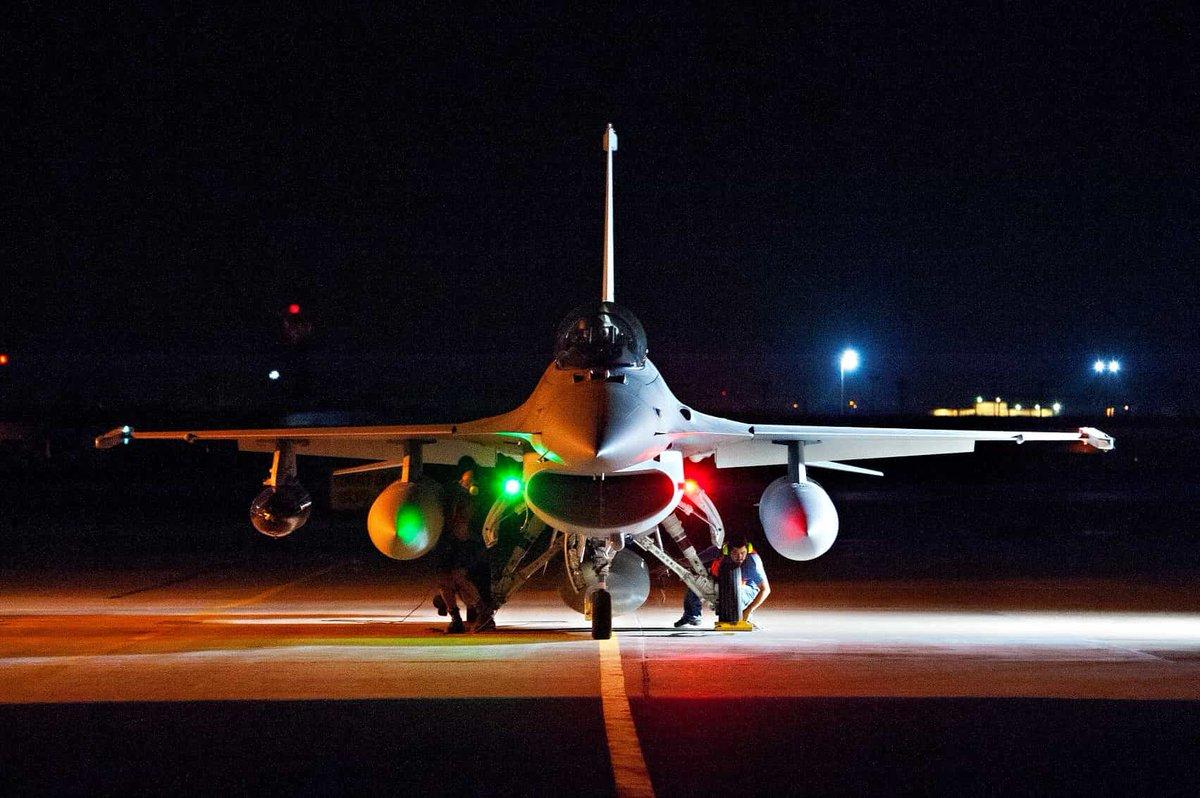 Lockheed Martin تعرض على بلغاريا بيعها مقاتلات F-16V  DvG9SBCWoAApiQ2