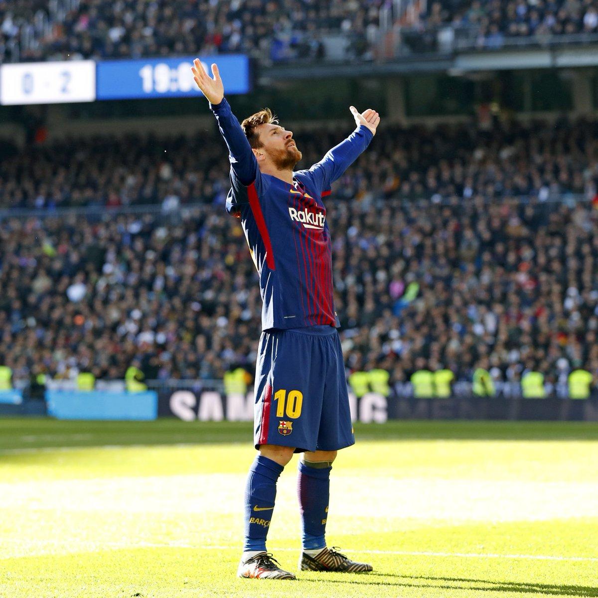 🔙 One year ago... 📸 The moment  💫 Leo #Messi 📍 Bernabéu Stadium
