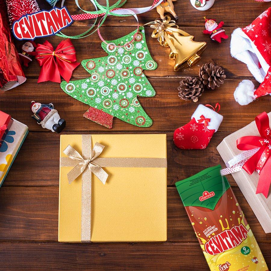 Не заборавај да го ставиш најважното во пакетчето за под елка. #Cevitana https://t.co/ZfJtdzAqAp