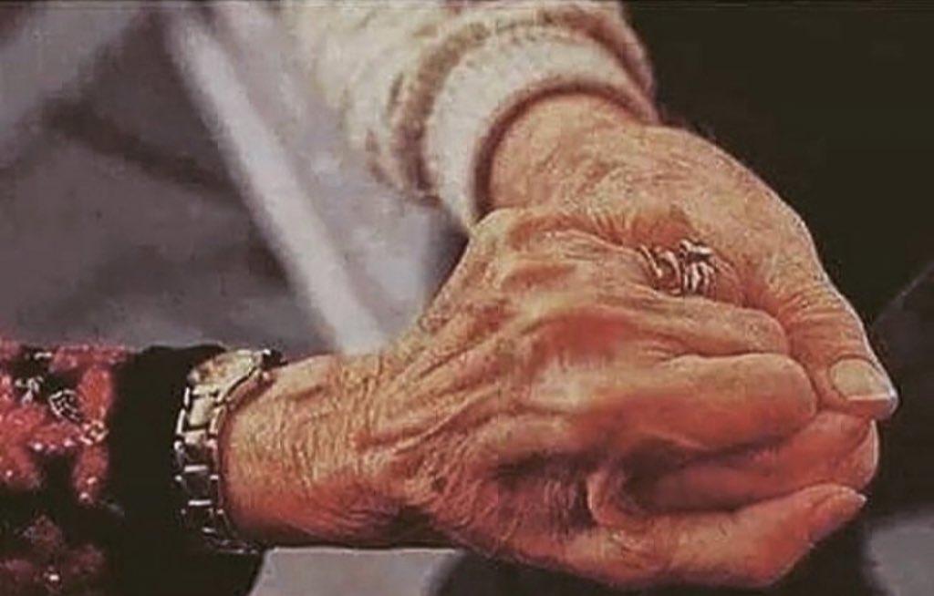 Günün Şiiri - 25/12/2018 -Ben seni öyle seviyorum işte