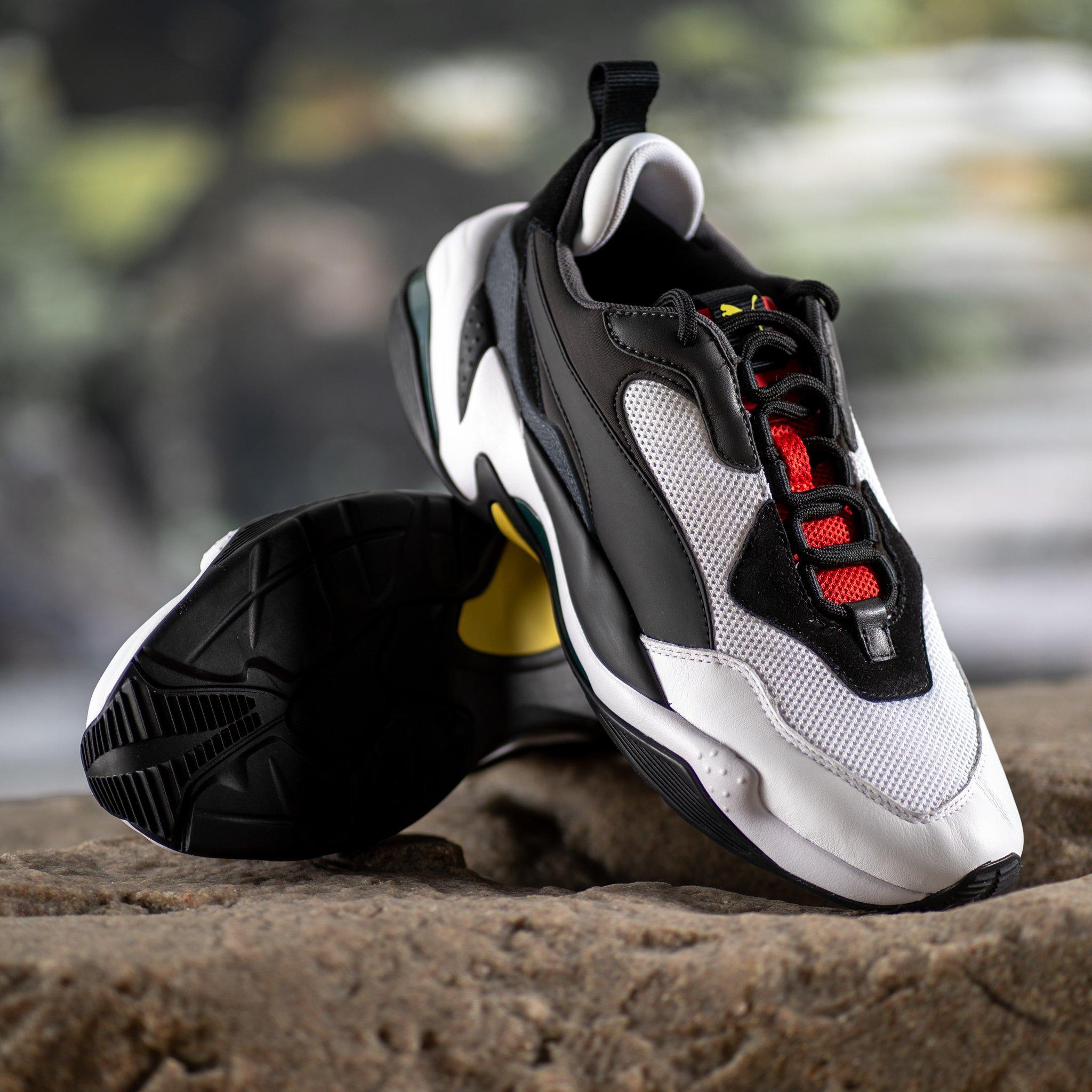 1f450fca324e71 GB S Sneaker Shop on Twitter
