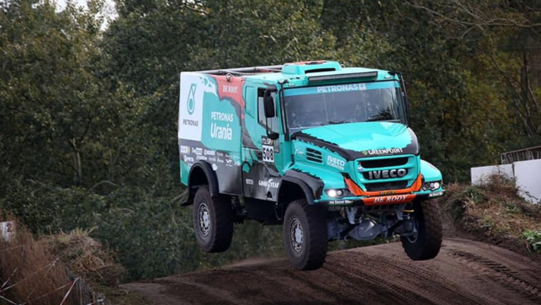 Rally. @Petronas @IVECO @teamderooy is ready to @dakar 2019.  #dakar2019 #iveco #derooy  #offroaderlife #offroad #offroadracing #rallyraid #raid #truck #truckracing #iveco #derooy #ivecotrucks #ivecoracing #dakar #dakarrally #sand #sanddunes #DeRooy #Dajkar  TEAM DE ROOY<br>http://pic.twitter.com/4eNvm2oaOi