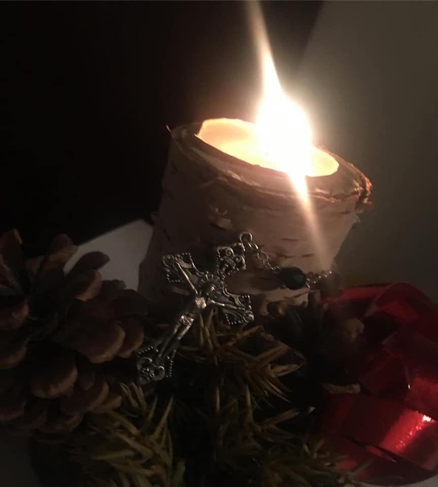 Buon Natale a tutti voi Amici. Un pensiero soprattutto a chi è solo, a chi soffre, a chi lavora anche stanotte, a chi cerca serenità, a chi ha avuto giorni difficili e spera in un futuro migliore, a chi non si arrende, mai. ❤️