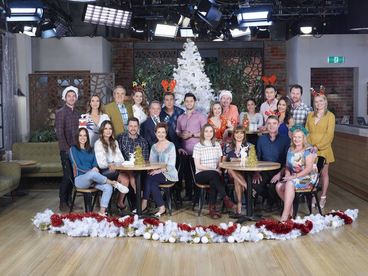 Hope At Christmas Cast.Neighbours On Twitter Merry Christmas From All The Cast