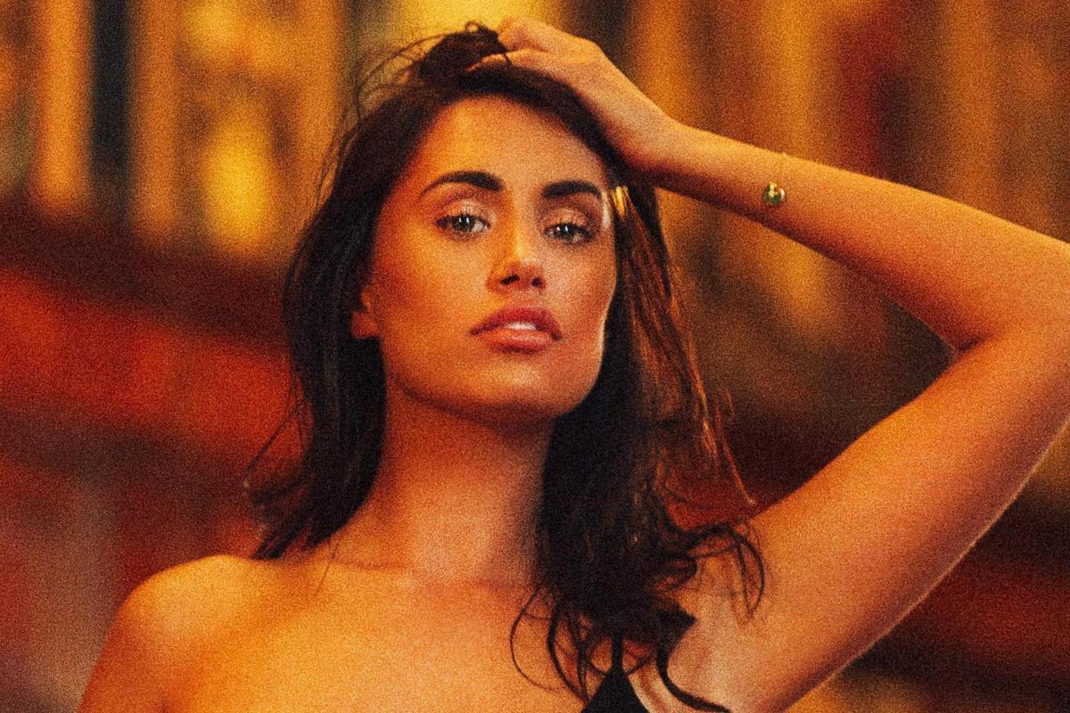Lilly Thomson Nude Photos 86