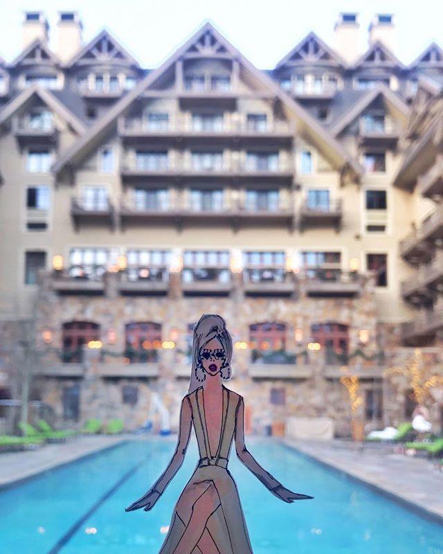 After the slopes, find me soaking here ❄️🏂♨️👙 . . . . . . . . . . #suziichan #suziichanstudio#suziillustration#suziicutout#fourseasonshotel #fourseasonsvail #fourseasonsvailcolorado #heatedpool#skivacation#christmaseve#chrsimasvacation