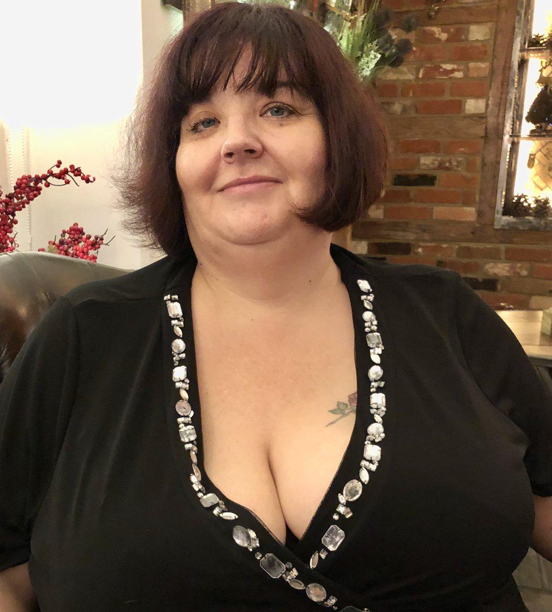 Bbw slut loves black cock in london