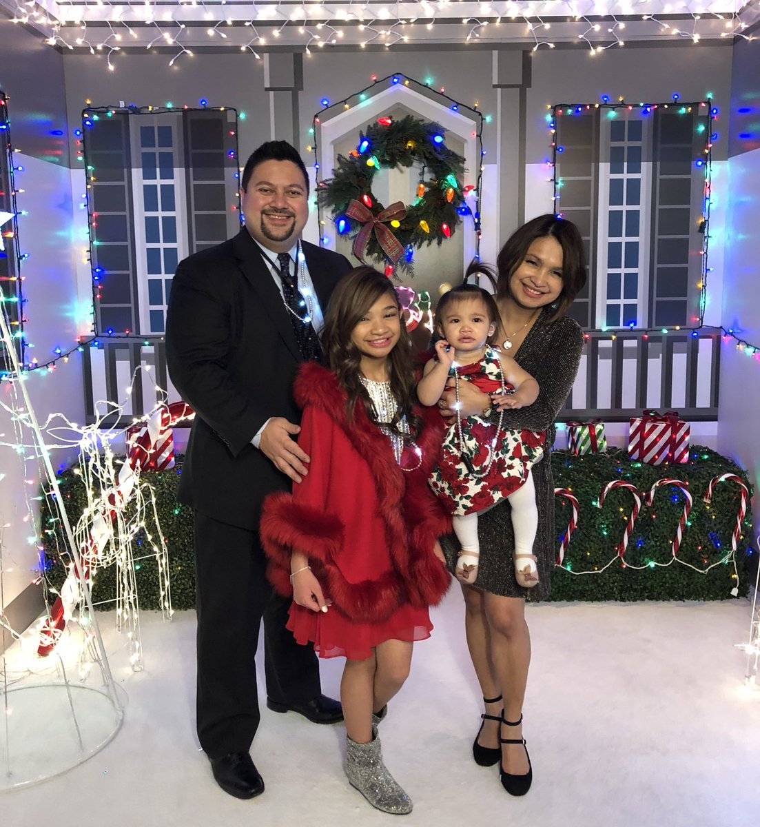 Angelica Hale On Twitter Merry Christmas From Our Family To Yours Christmasinvegas