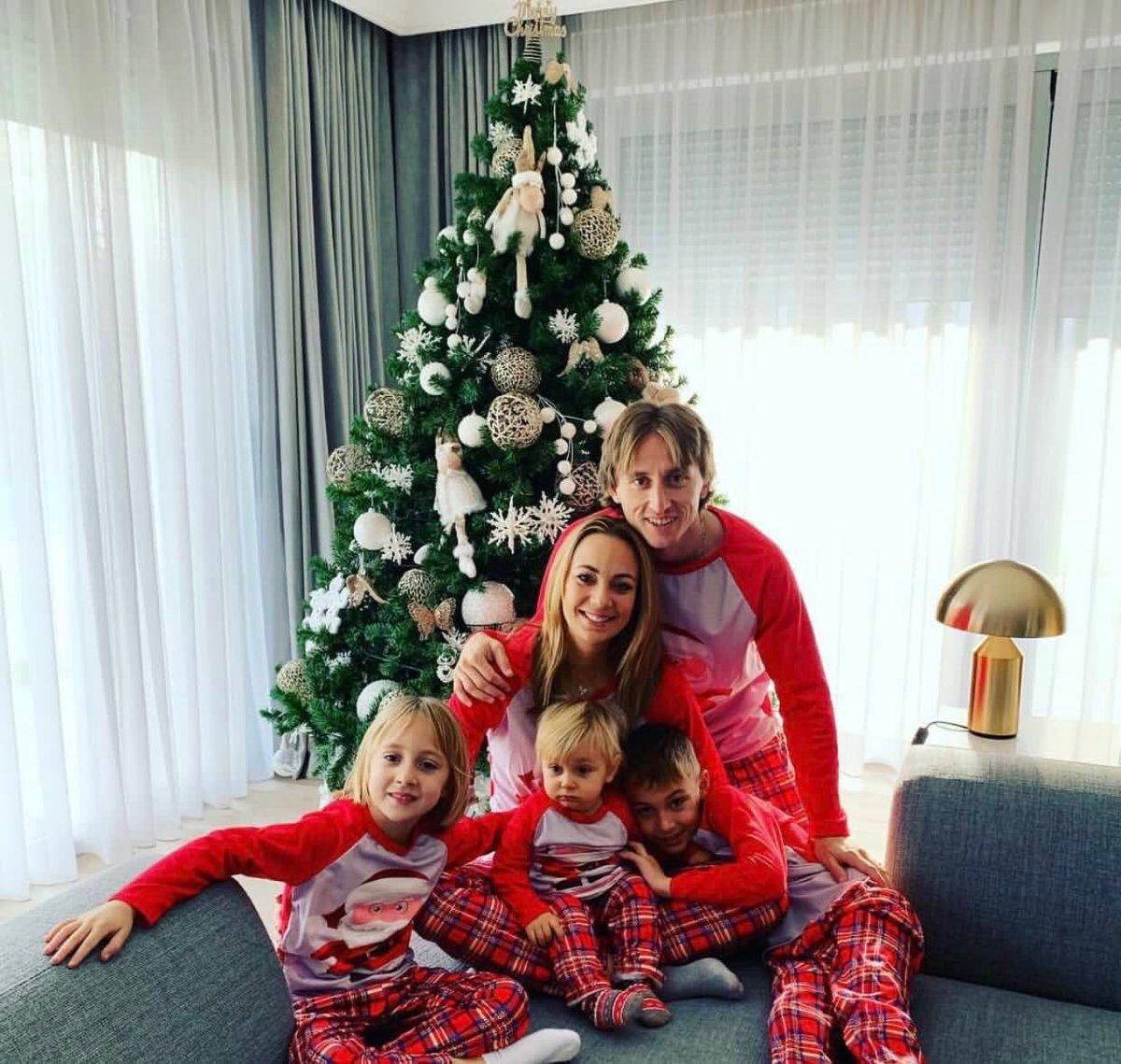 Merry Christmas to everyone 🎅🏻🌲❤️ #Family