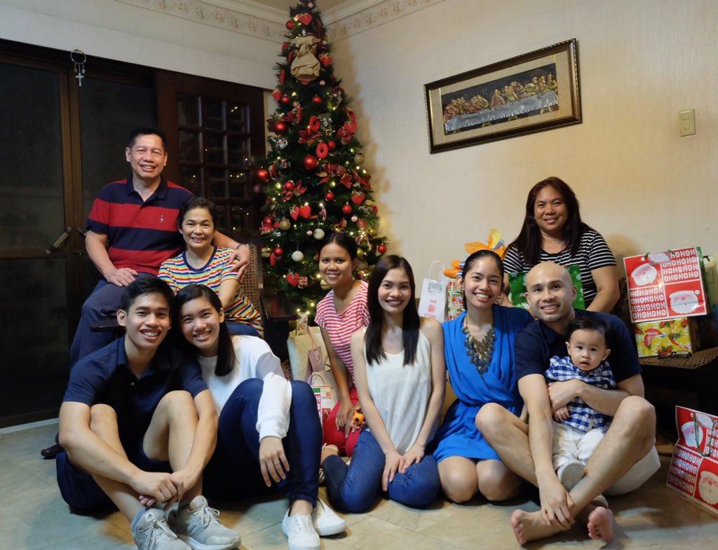 Merry Christmas from the Morado family! 😊