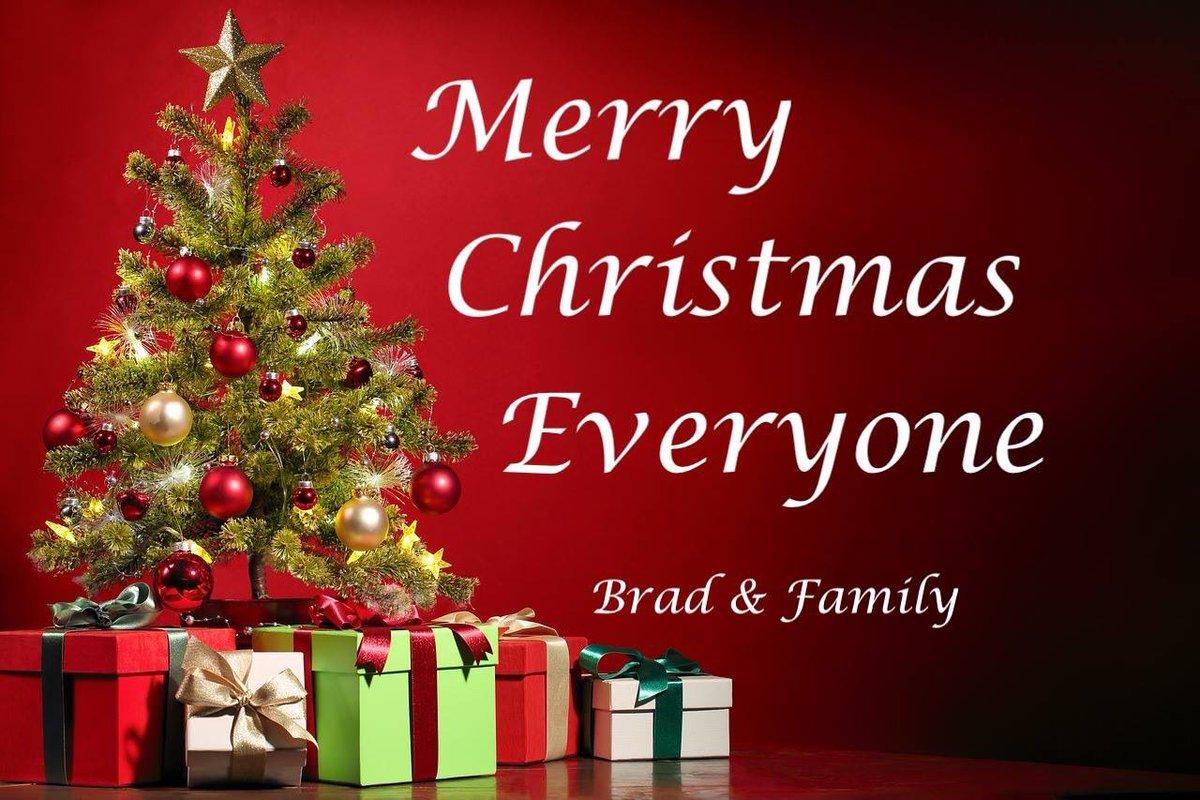 Brad Paisley Christmas.Brad Paisley On Twitter Christmas Blessings Everyone