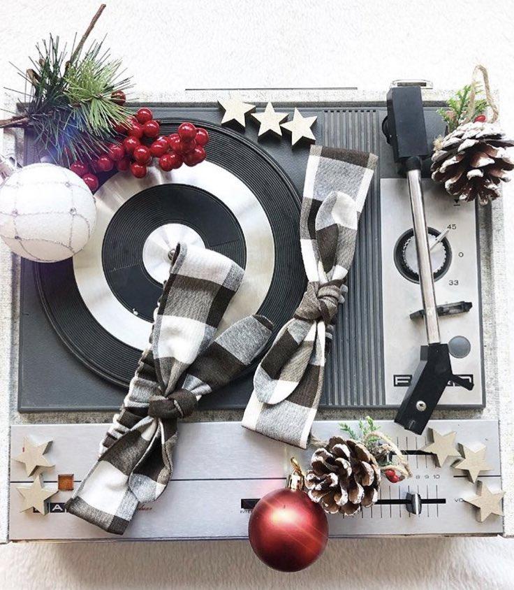 Feliz Navidad 🎁🎄   Desde #carminitta os deseamos lo mejor y todos los éxitos que os merecéis...