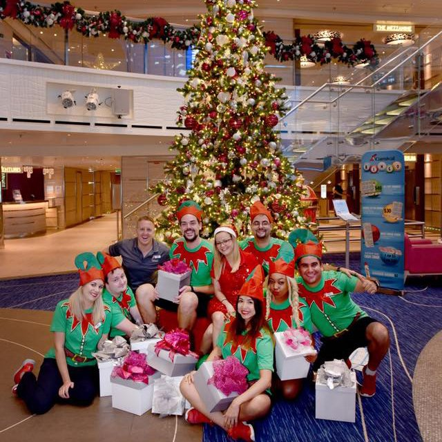 Christmas Carnival Cruise.Carnival Cruise Line On Twitter Merry Christmas From Our