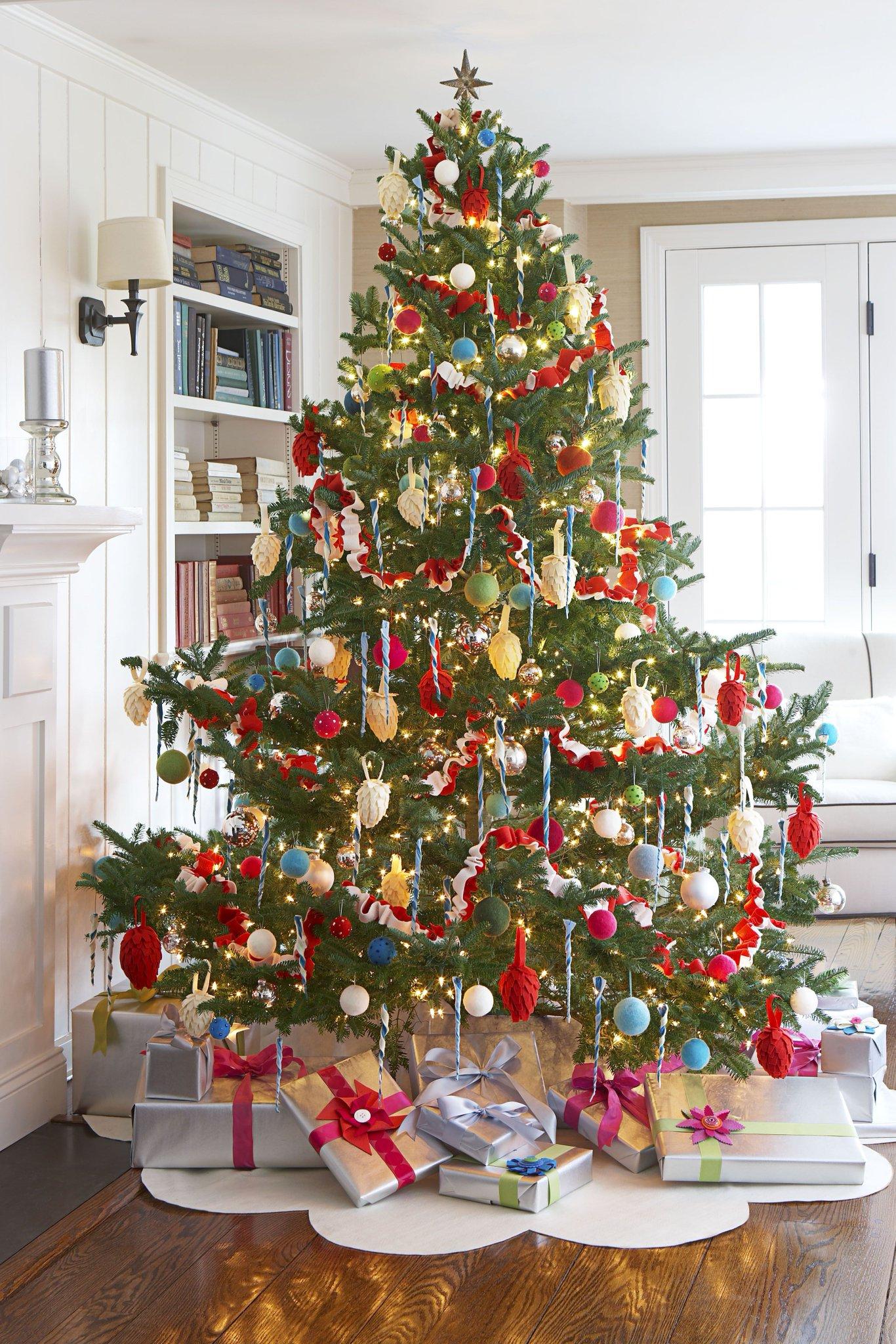 christmas tree decorations - 736×921