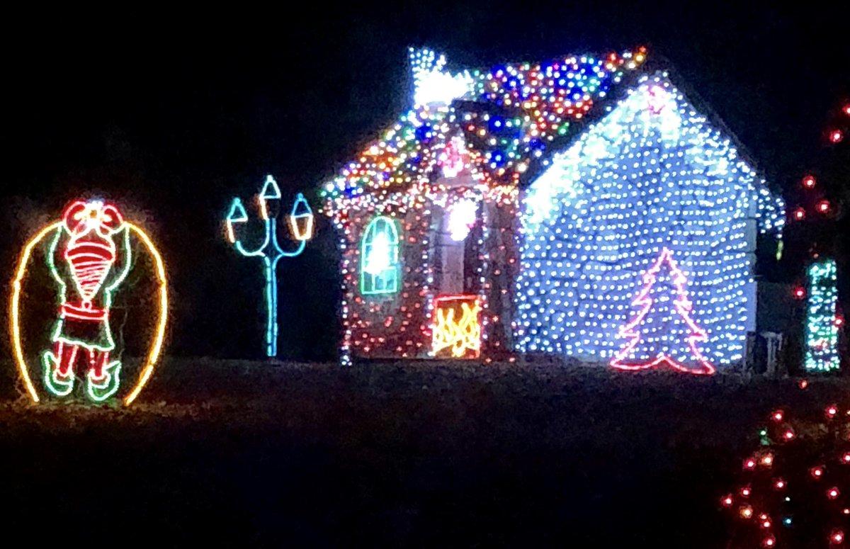 Tilles Park Christmas Lights.Beth Stroble On Twitter Winter Wonderland At Tilles Park