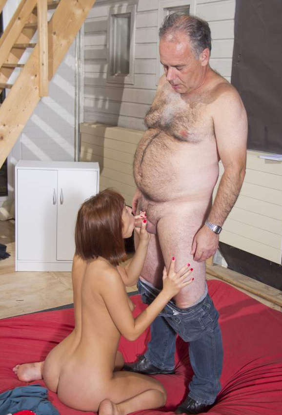 Old Man Sucking Young Pussy
