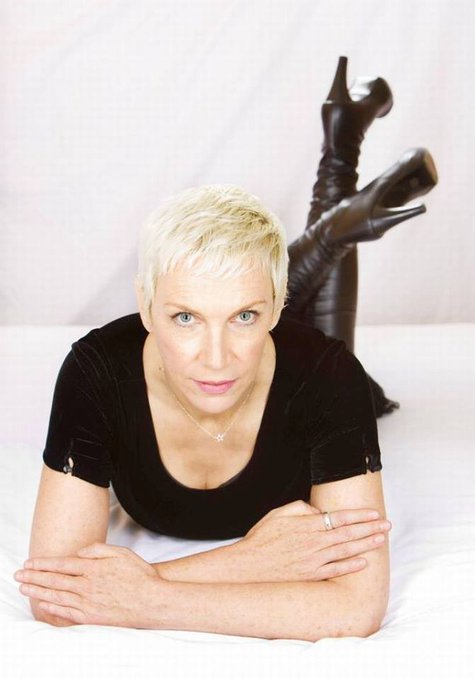 Happy Birthday to Annie Lennox who turns 64 today!