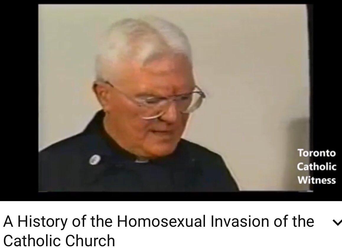 Transvestite get fucked by wemon