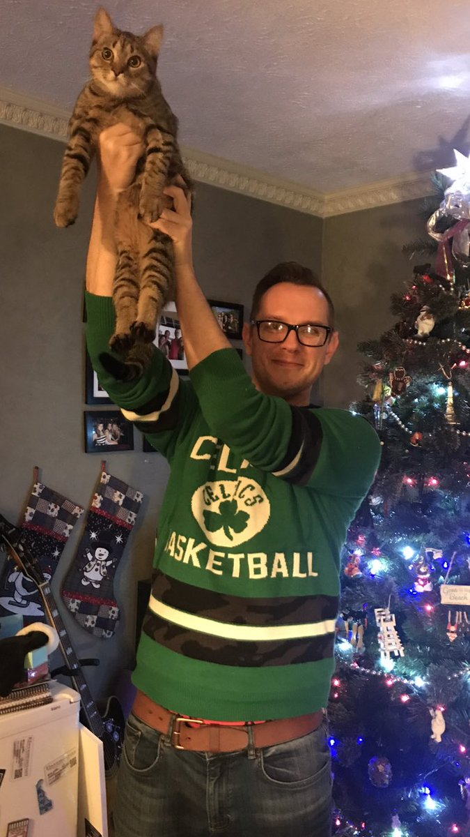Raise the CAT! How's Markelle Fultz working out for you guys? @celticsblog #celtics #CelticsVsSixers #christmas #christmastree