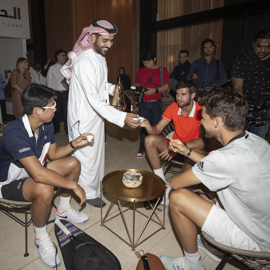 Exhibition d'Abu Dhabi du 27 au 29 décembre 2018 DvV3zz2XgAAqW0j