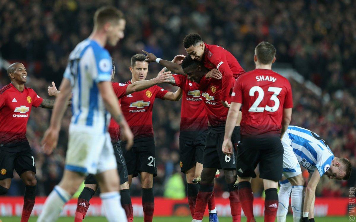 Xem lại Manchester United vs Huddersfield, 22h00 ngày 26/12 (Ngoại hạng Anh)