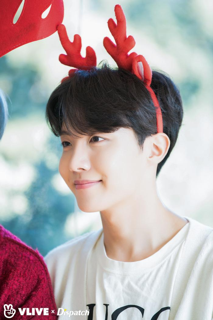 ᴮᴱmarg On Twitter Behind Bts Christmas Photoshoot Jhope Jungkook Jhope