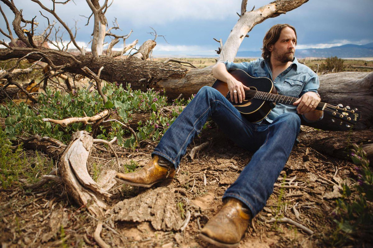 Don't miss grammy nominated singer-songwriter Hayes Carll (@hayescarll) live at The Kessler Thursday, February 28th! Grab your tickets here: http://ow.ly/LkZI30n3Vtn  #thekessler #oakcliff