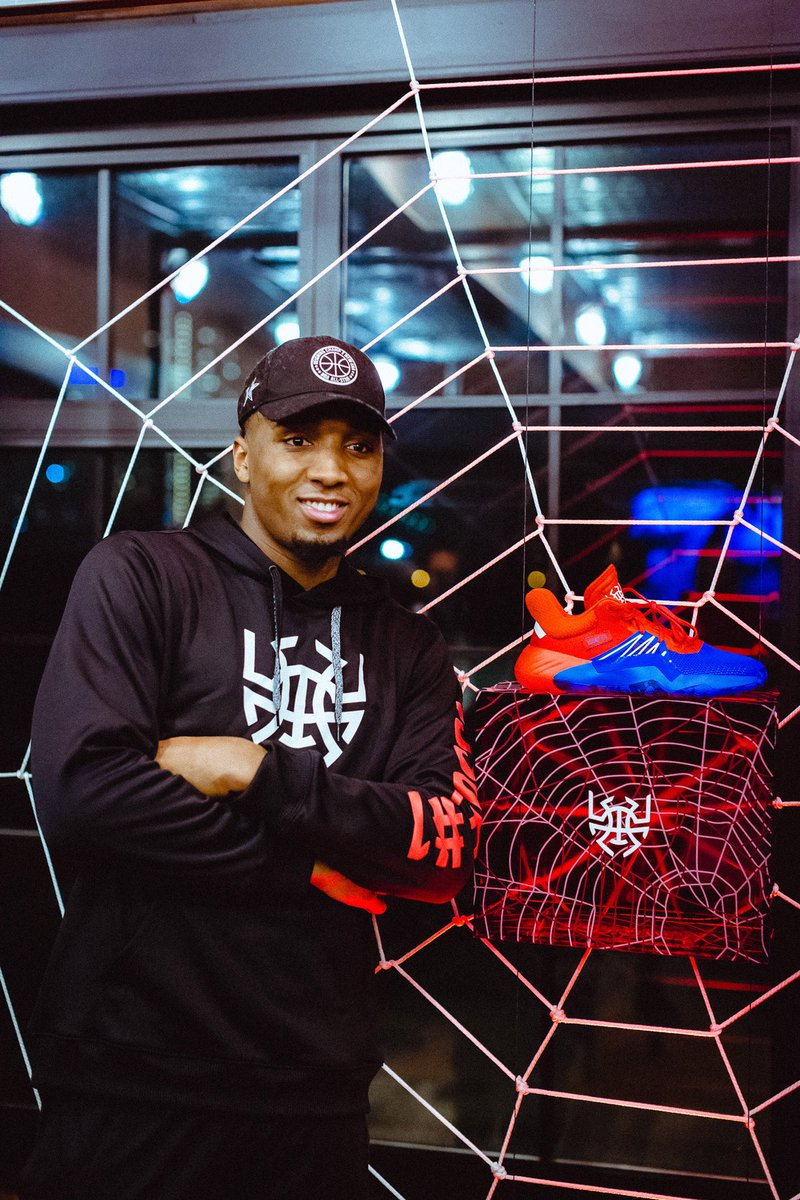 af4a6be174160f First look at  spidadmitchell s signature shoe