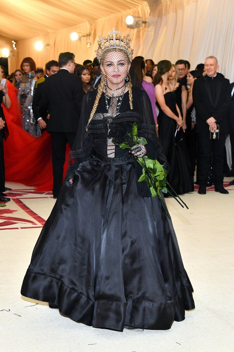 One of this year's highlights was Madonna attending and performing at the #MetGala in May.She treated us with an amazing performance of Like A Prayer, Hallelujah and a new song, Beautiful Game. http://news.madonnatribe.com/en/2018/madonna-goes-full-church-goth-in-jean-paul-gaultier-at-the-met-gala/… http://news.madonnatribe.com/en/2018/the-immaculate-goth-queen/… #TBT #Madonna2018
