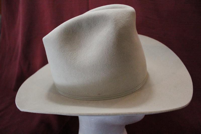 767c95dc524 Vintage Rare Miller Bros. Silverbelly Four X Quality 101 Ranch Men s  Classic Cowboy Western Fur Felt Hat Size 7 1 8 57cm https   etsy.me 2tYE7JC  ...