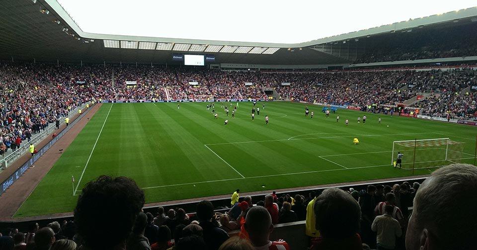 Division tre-matchen mellan  Sunderland och Bradford City lockade över 46  000 åskådare - 7eec02059c63a