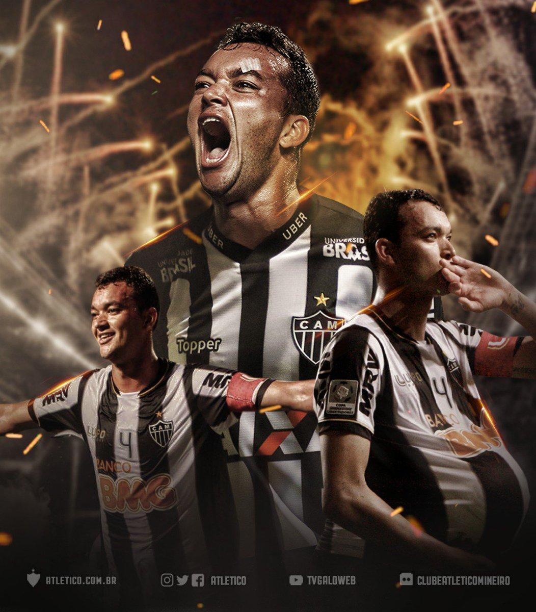 Réver no Galo! O capitão do título da Libertadores está de volta ao Atlético! O contrato do zagueiro vai até dezembro de 2021: https://t.co/WowWZ7vzKe   Aqui é #Galo! 🏴🏳