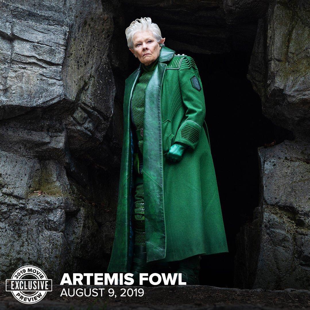 Artemis Fowl [Disney - 2020] - Page 2 Dvcmx3iUcAARyCv