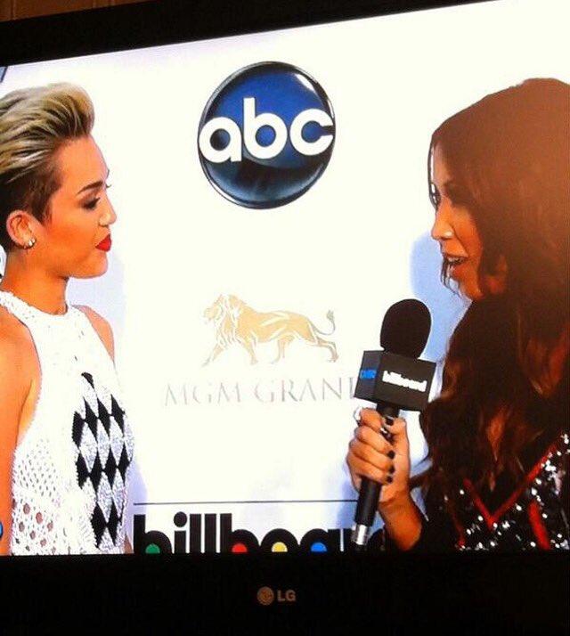 Someone's a new wifey! 💍 Congrats @MileyCyrus @LiamHemsworth ! #TBT #bbmas #mileyandliam