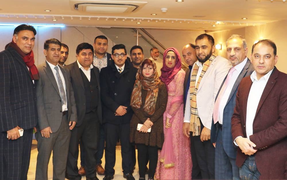 Finance Secretary #ppcuk Kishwer Abbasi with #President #Club Mobeen Chaudhry and other office bearers in a reception in honor of newly elected Executive Council of Pakistan Press Club UK