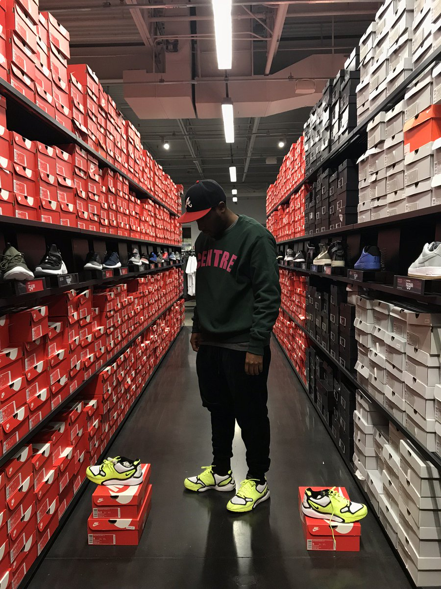 f060a68a7 TheShoeGame.com on Twitter